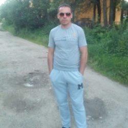 Пара, ищем би девушку в Екатеринбурге!